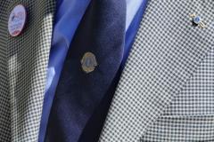 8 Spilla del Service e cravatta Lions